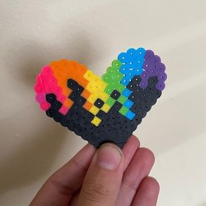 Rainbow drip heart melty bead